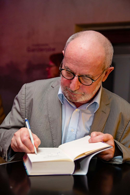 Thomas Hürlimann signiert