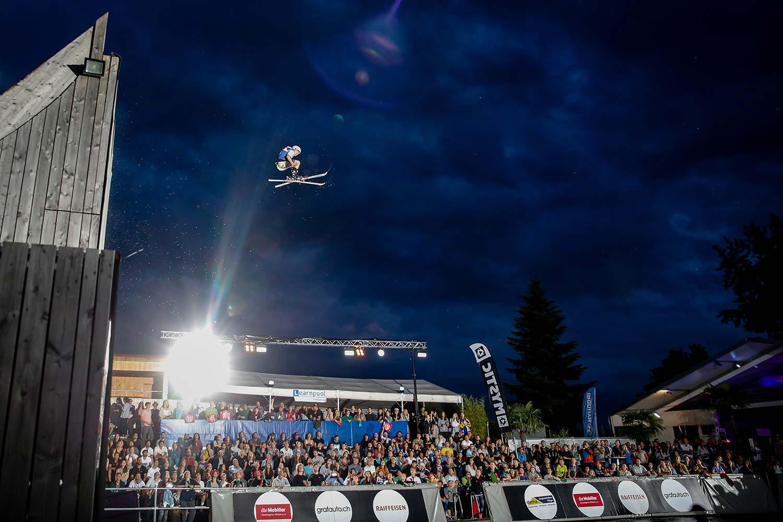 Nachsprung Freestyle-Night Sport-Event